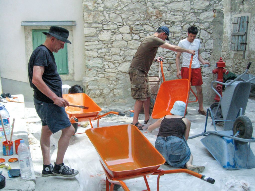 ON WHEELBARROWS and the shadowy  realm of inference